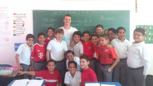 Community outreach at a Mexican primary school
